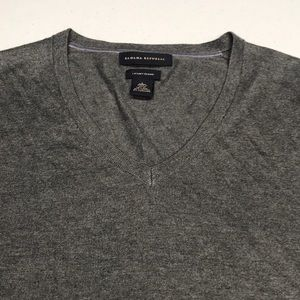 BANANA REPUBLIC Men's Gray Silk Blend Sweater